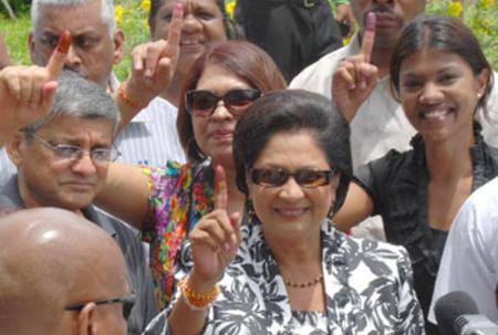 Meet T and T PM, Kamla