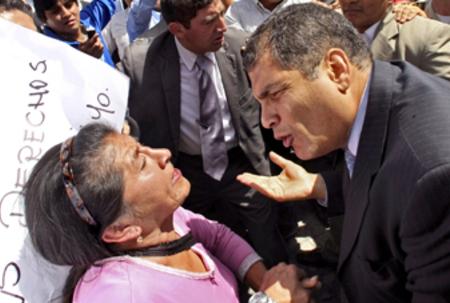 Protesting police throw Ecuador into chaos