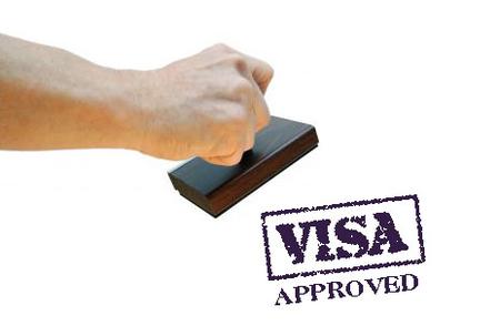 US suspends issuing visas overseas