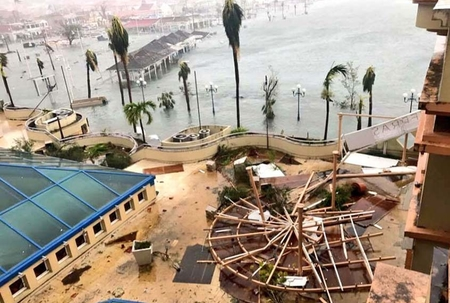 French islands take hit from Hurricane Irma
