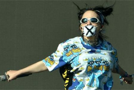 Rock bands selling face masks