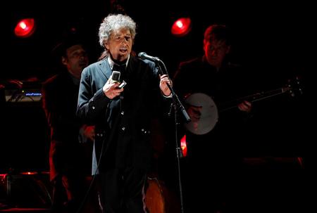 Bob Dylan bringing new album
