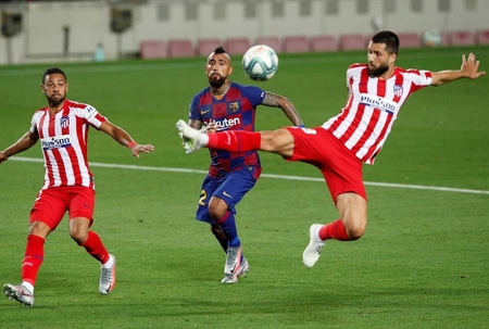 Barcelona drop more points in title race