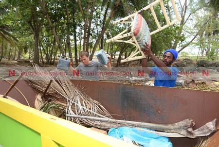 UPDATE: Dumpers to clean beach