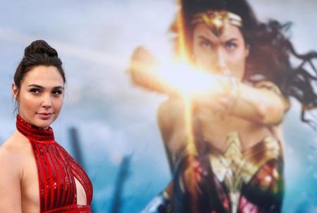 Wonder woman sequel delayed