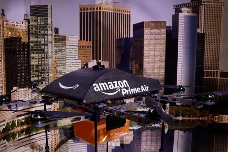 Amazon cuts staff in drone project