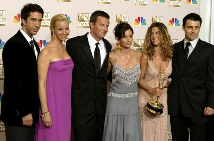 Friends reunion delayed to 2021