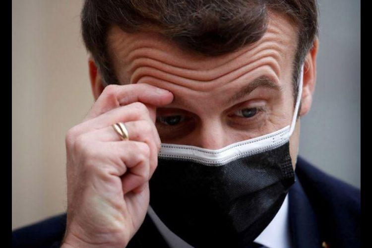 Macron Plans Referendum to Add Climate Change Fight Clause to French Constitution