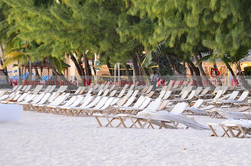 Govt suspends beach chair vending