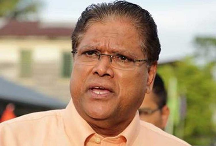 Suriname's president tests positive for virus