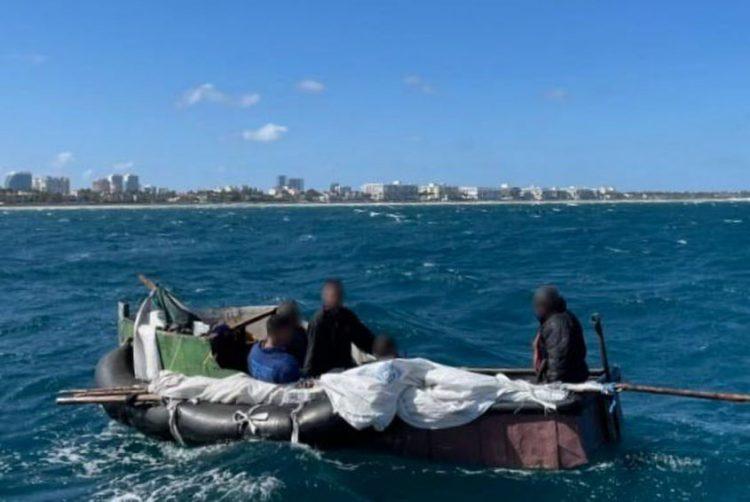 US Coast Guard returns five to Cuba