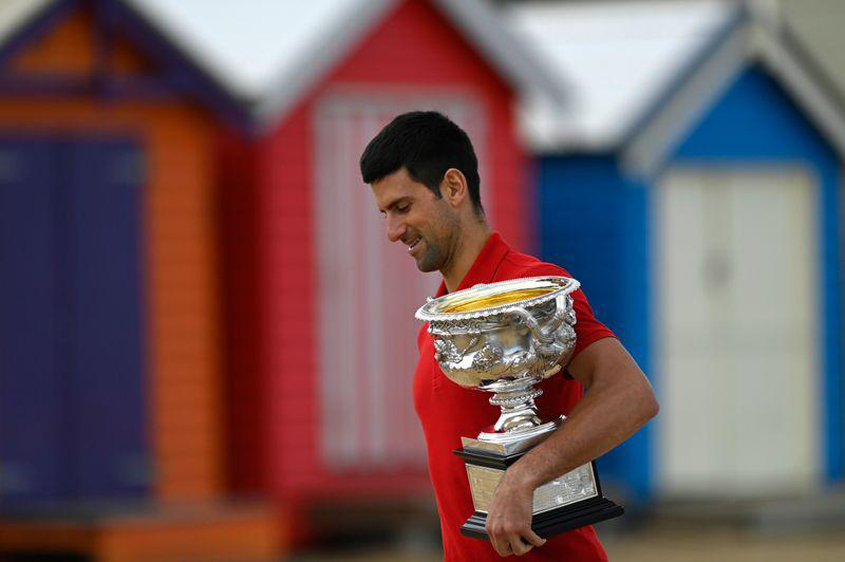 Djokovic out with muscle tear