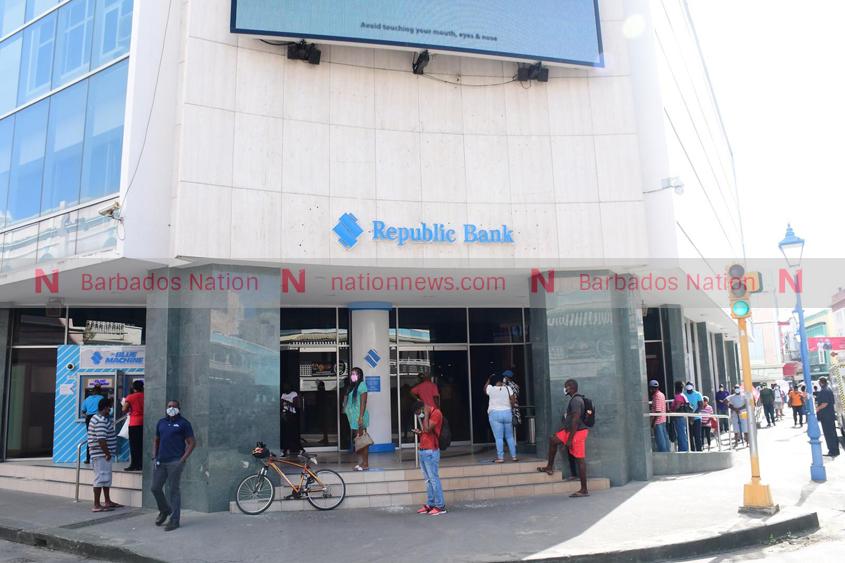 $10 ATM fee a mistake, says Republic