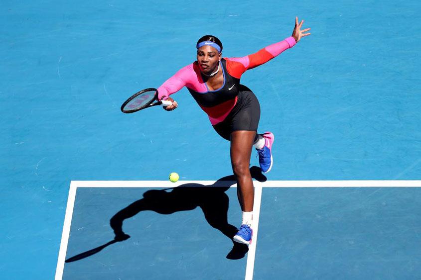 Osaka ousts Serena from Australia Open