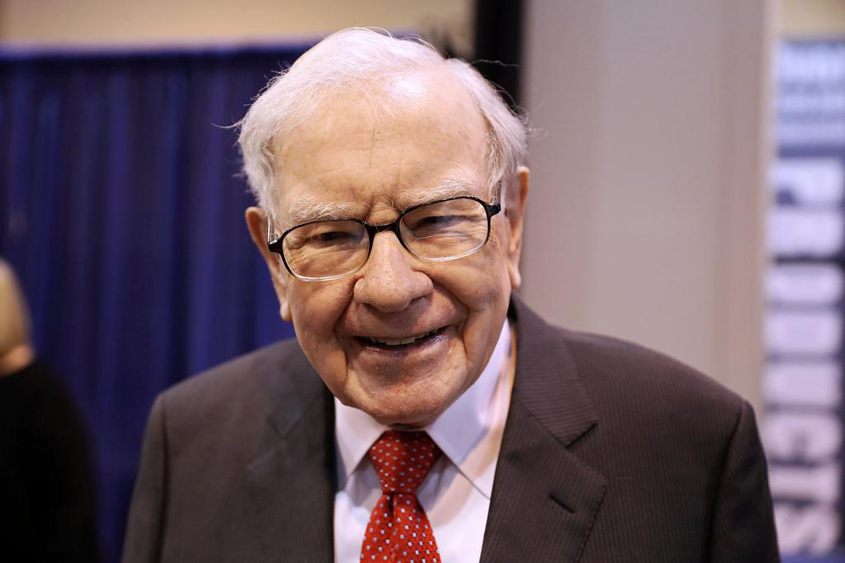 Buffett's fortune grows as stock price rises