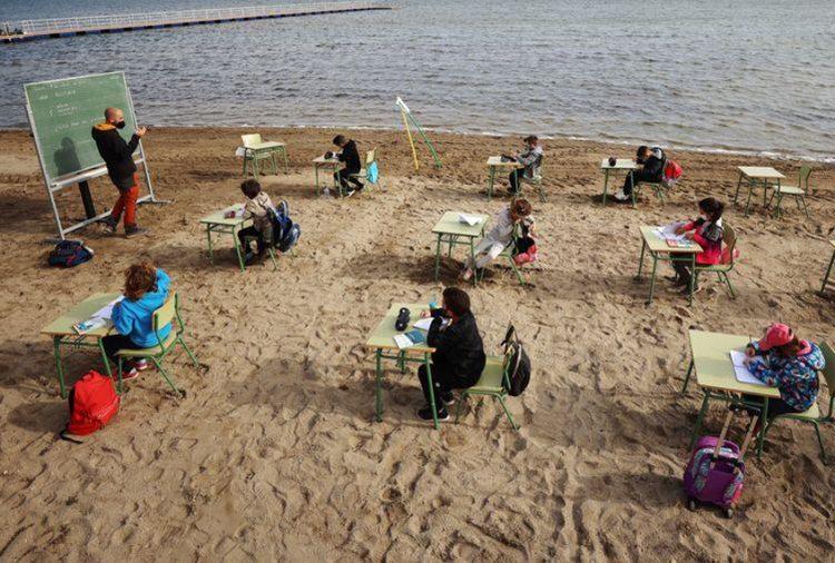 """Spain's """"Fresh Air"""" classes popular among children"""