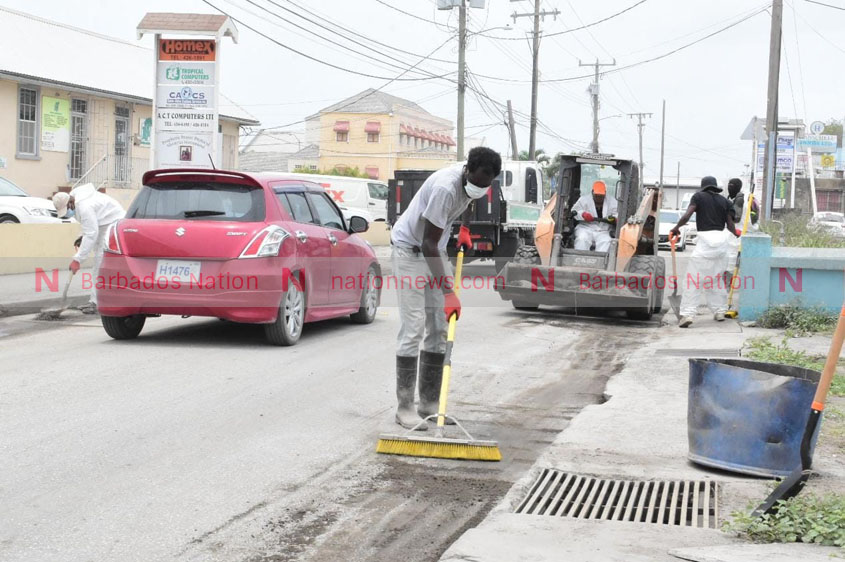 Fontabelle road gets cleaning