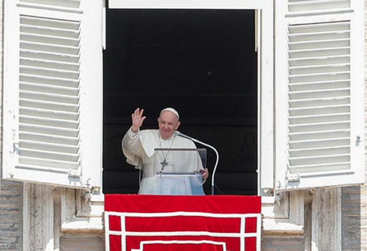 Pope launches consultation to reform Catholic Church