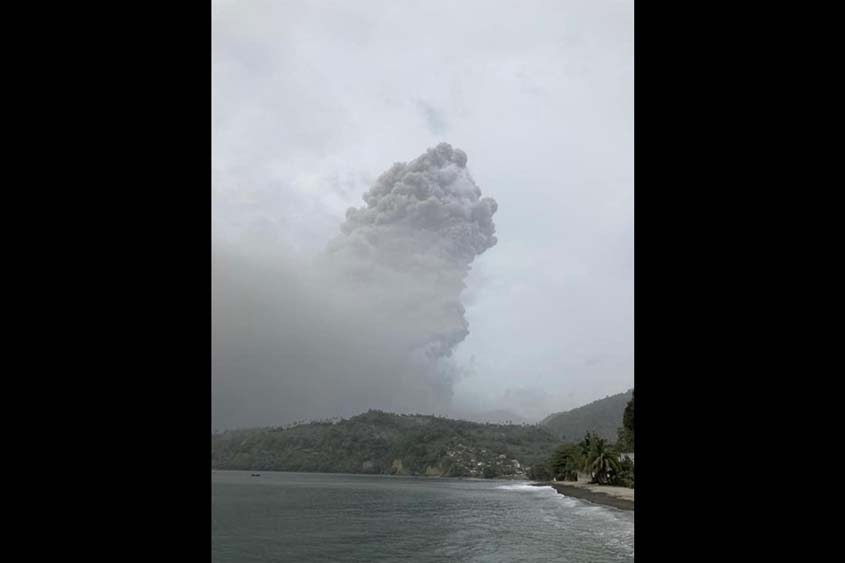 Another explosion at La Soufriere, scientists expect more