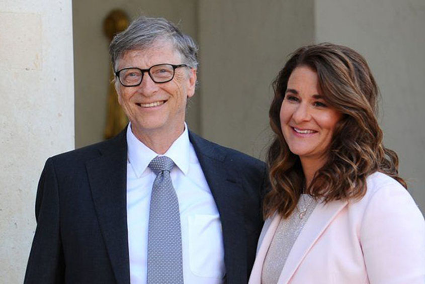 Bill and Melinda Gates 'signed separation contract' before announcing divorce