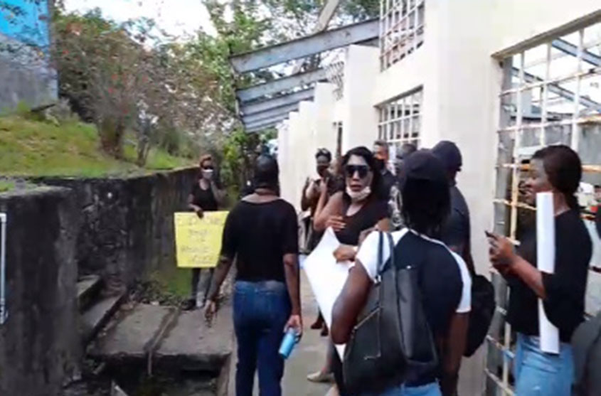 Lecturers in Dominica protest