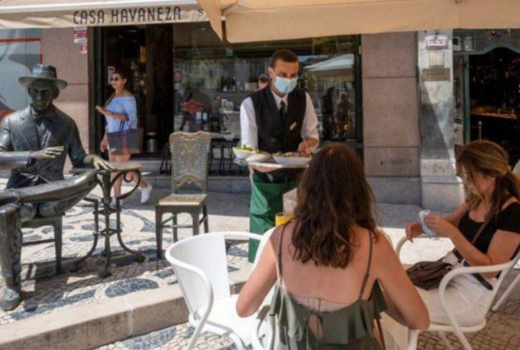 UK holidaymakers eye overseas travel