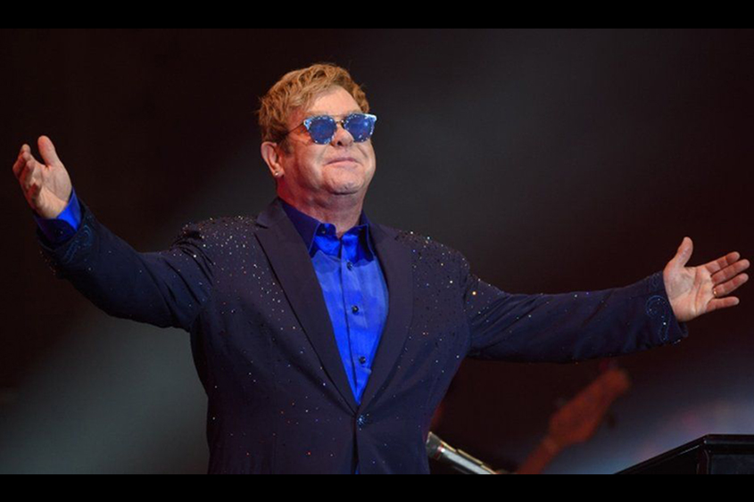 Musicians face EU tour catastrophe, says Sir Elton