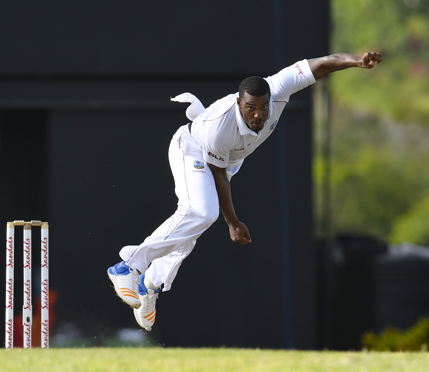 South Africa 44-3 in their first innings at lunch in second Test