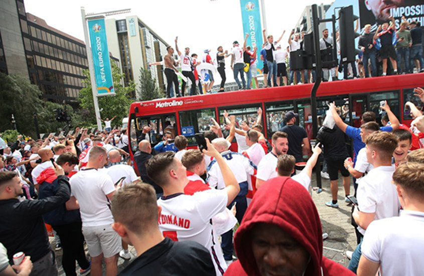 England fans fill streets ahead of Euro final against Italy