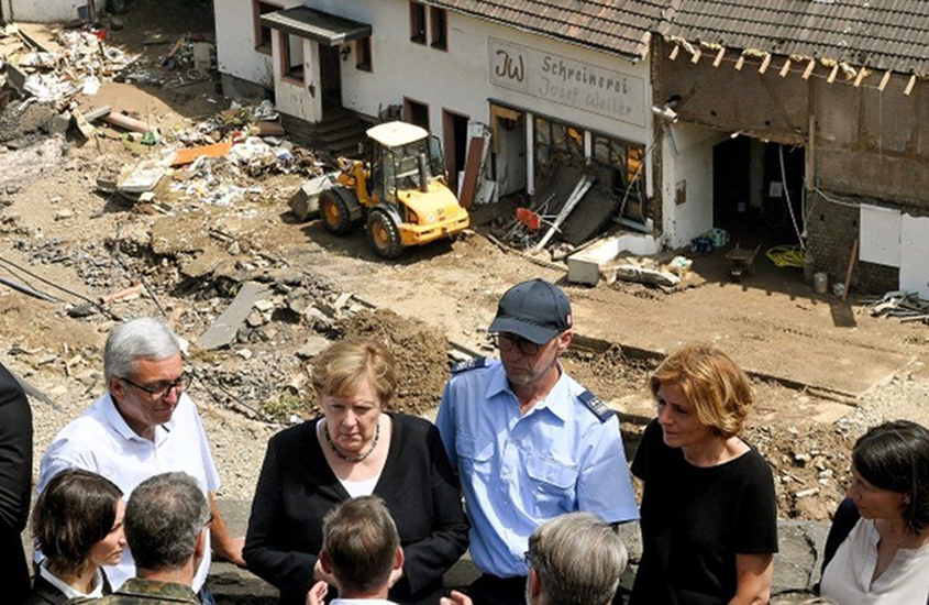 Merkel 'shocked' by devastation following flooding in Germany