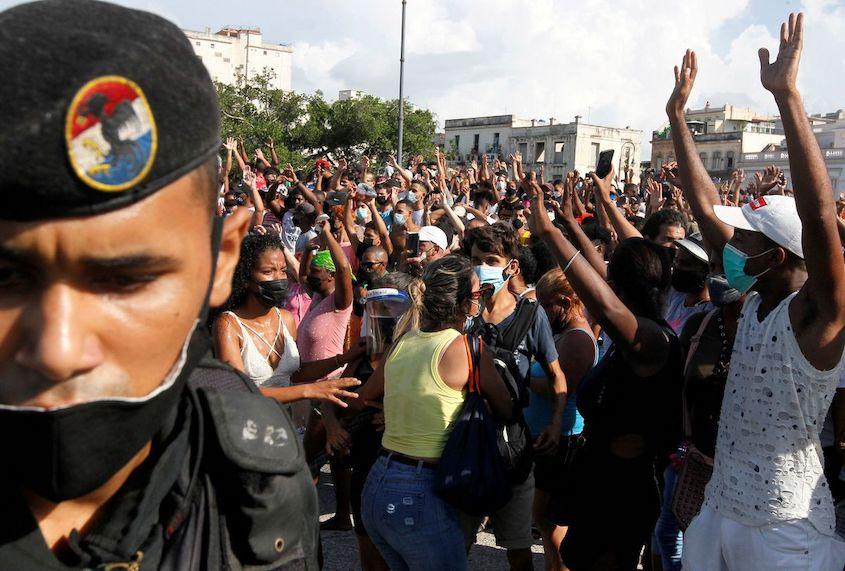 Barbados calls on USA to end embargo against Cuba