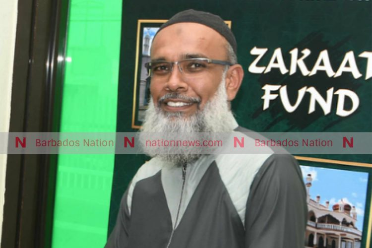 Ministry asks Muslims to close mosques
