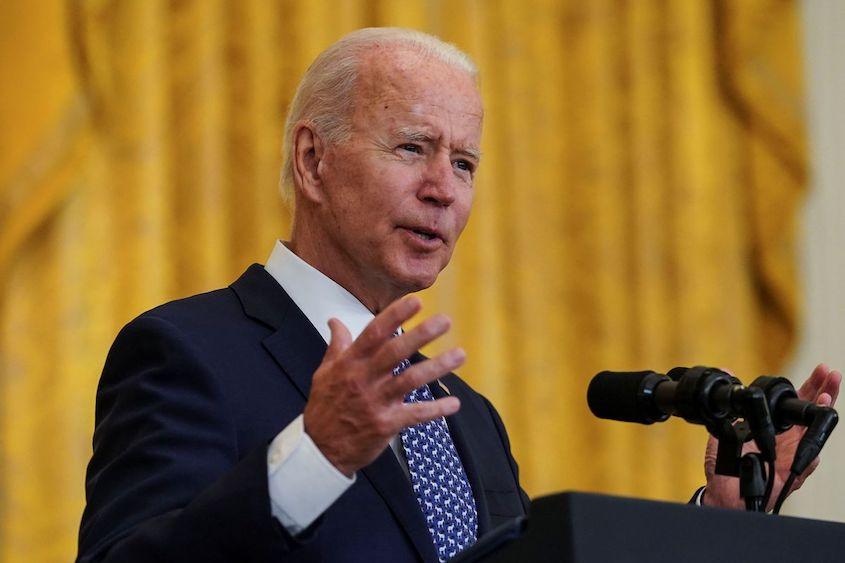 Biden mandates widespread COVID-19 shots, tests